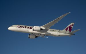 Qatar 787 Ln 58 air to air